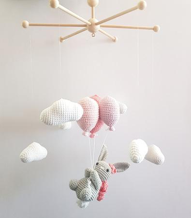 häkelanleitung für baby mobile - diy idee - hasen- wolken-ballons
